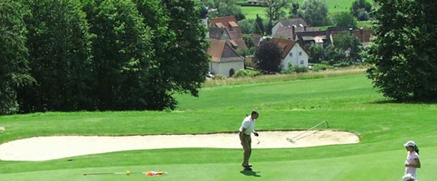 Golfanlage unte rder Weitenburg