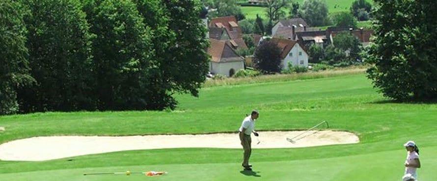 Golfanlage unter der Weitenburg